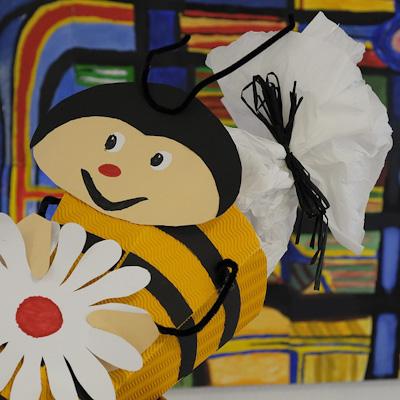 Schultüte im Bienen-Kleid